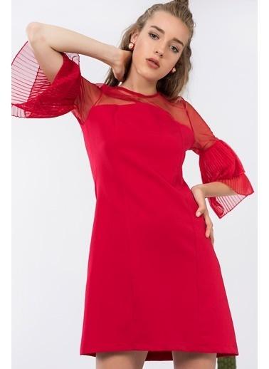 Pliseli Şifon Detaylı Kısa  Elbise-İroni